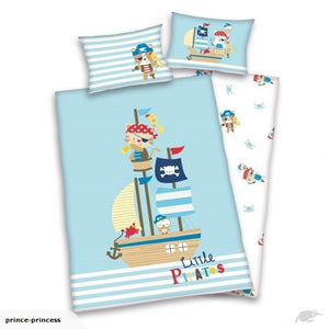 LITTLE PIRATES Cot duvet cover