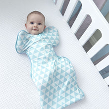 Load image into Gallery viewer, SWADDLE UP™ BAMBOO LITE OCEAN - Small