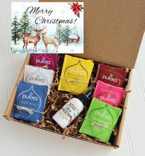 Load image into Gallery viewer, Merry Christmas Gift Box - Organic Tea & Aromatherapy