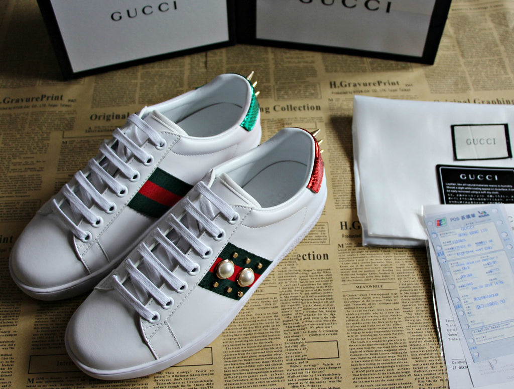 c3de4abebe3db Gucci Ace Pearl And Stud-Detail Leather Trainers