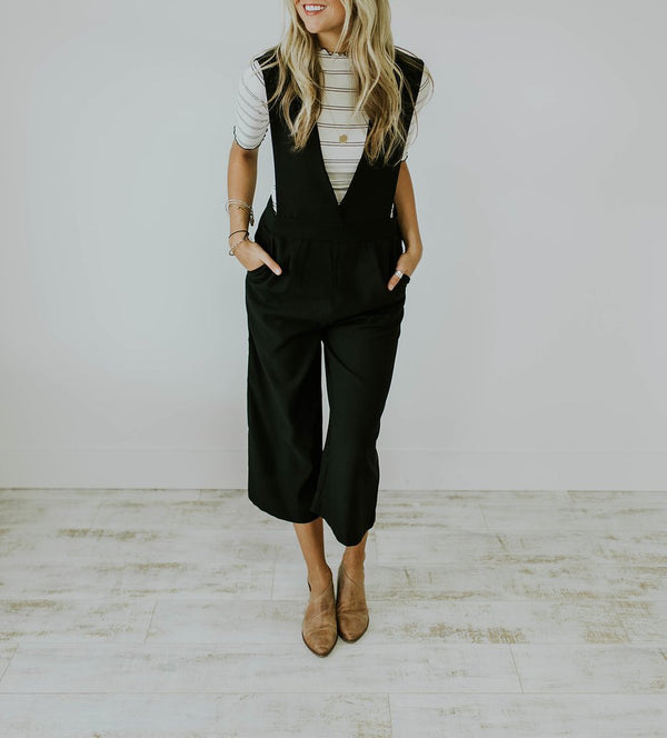 Deep V Neck Sleeveless Wide Leg Loose Jumpsuits