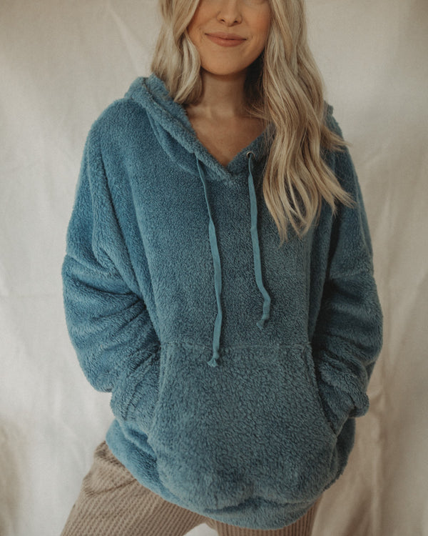 FALL FEELS SWEATSHIRT