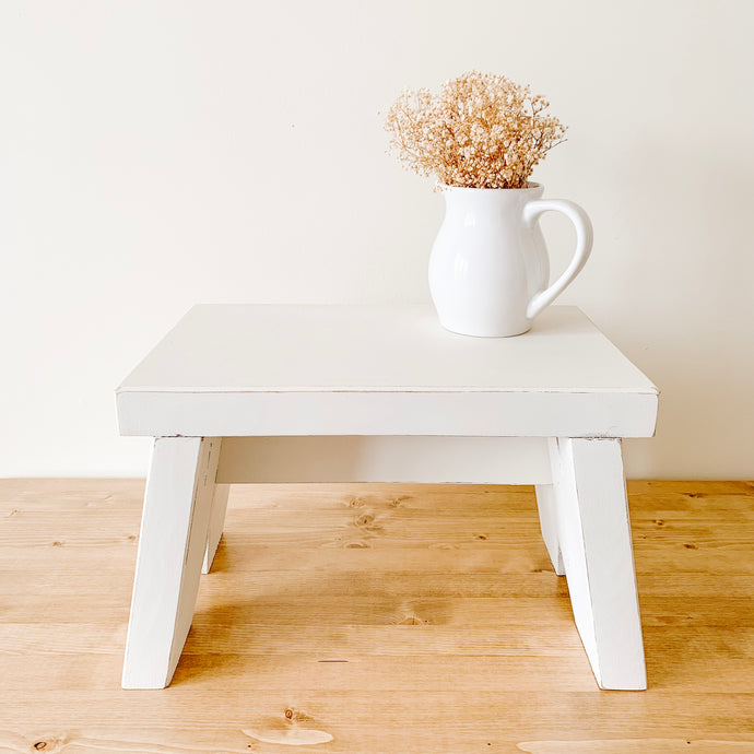 Farmhouse Style Step Stool