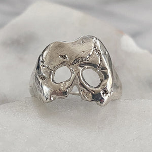A Royal Jawless Skull Ring