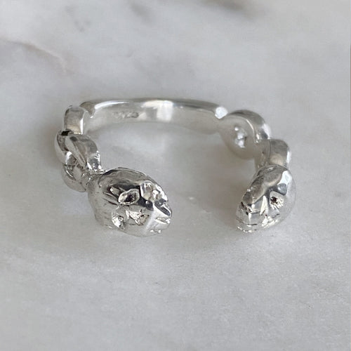 Double Skull Eternity Chain Ring