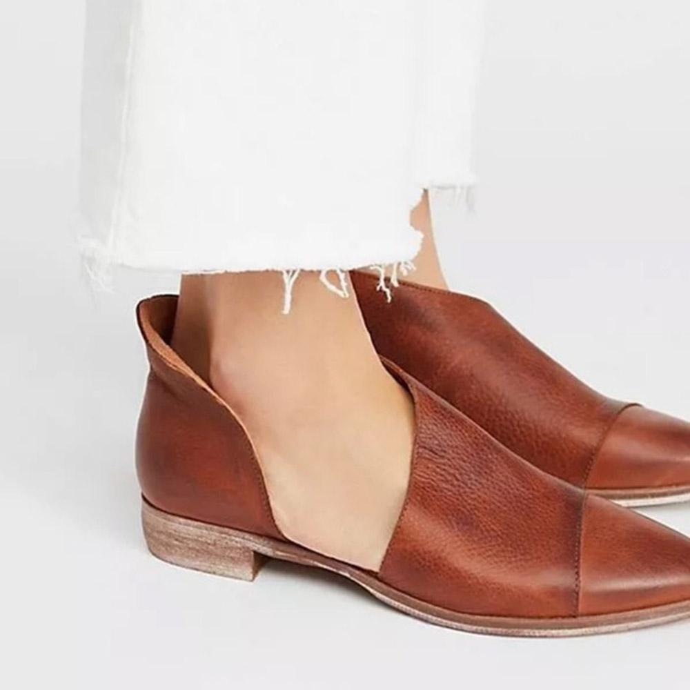 Pointed Toe Slip-on Solid Boots