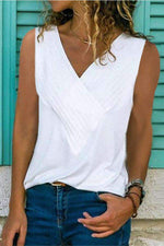 Paneled V-neck Sleeveless Casual T-shirt