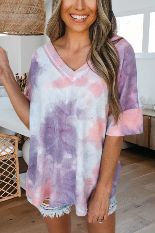 Paneled V-neck Gradient Print Half Sleeves Casual T-shirt