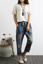 Loose Floral Embroidery Pockets Jeans