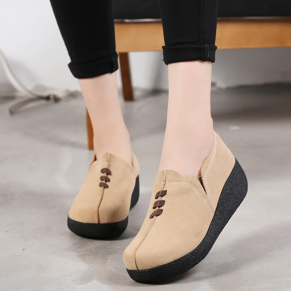Closed Round Toe Platform Flat Shoes
