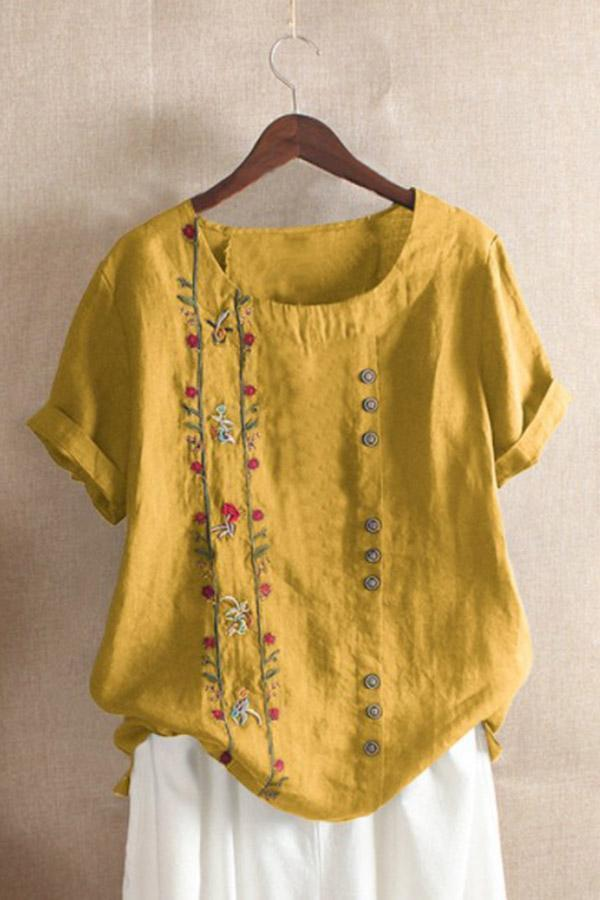 Embroidery Buttoned Crew Neck T-shirts