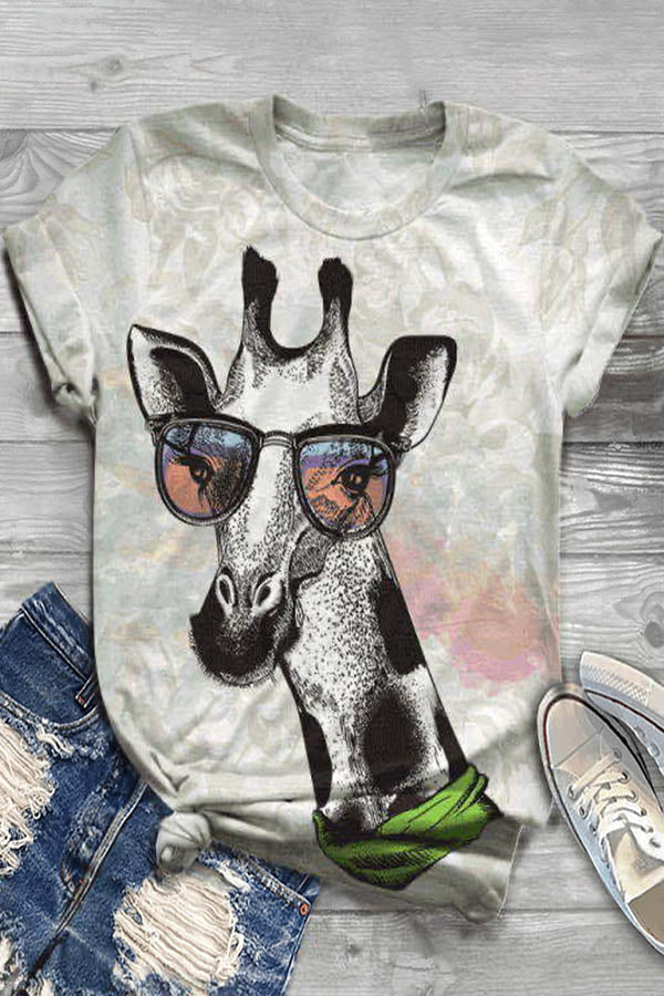 Cartoon Giraffe Print Paneled Short Sleeves T-shirt
