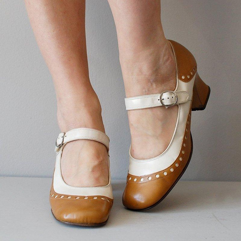 Round Toe Buckle Mary Jane Heels