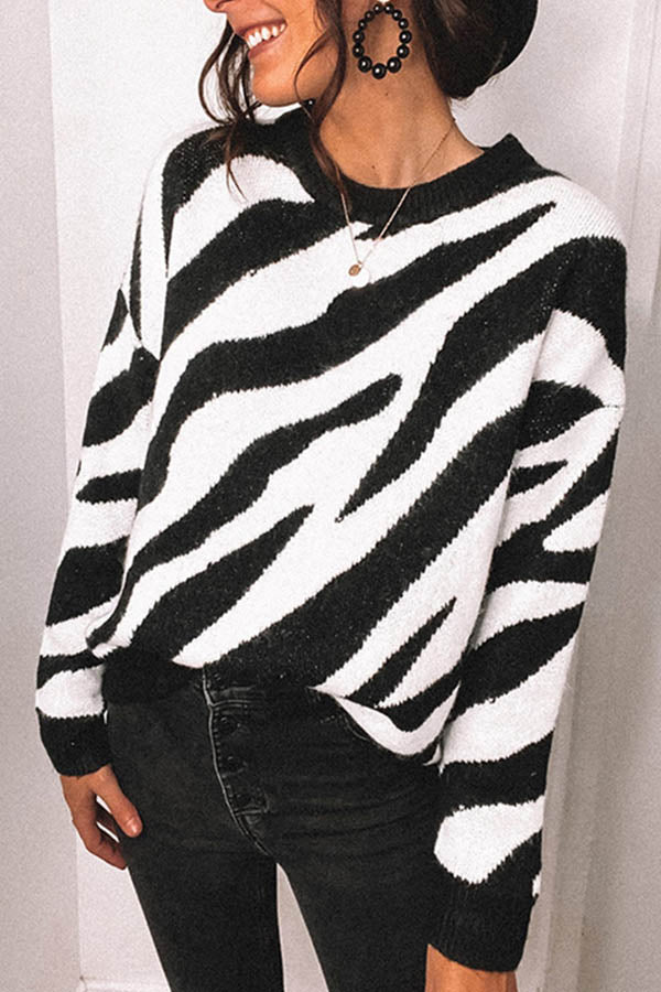 Women Holiday Irregular Striped Jacquard Knitted Ribbed Sweater