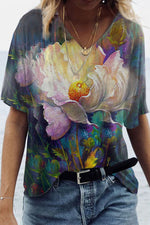 Artistic Pretty Floral Gradient Print V Neck Shift T-shirt