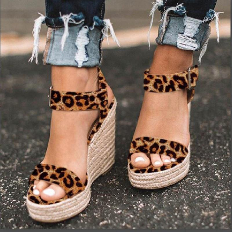 Leopard Buckle Light Wedge Sandals