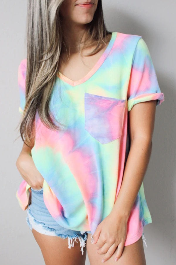 Gradient Print Paneled V-neck Short Sleeves Casual T-shirt