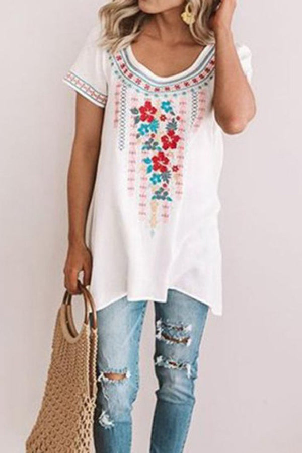 Vintage Floral Round Neck Short Sleeves T Shirt