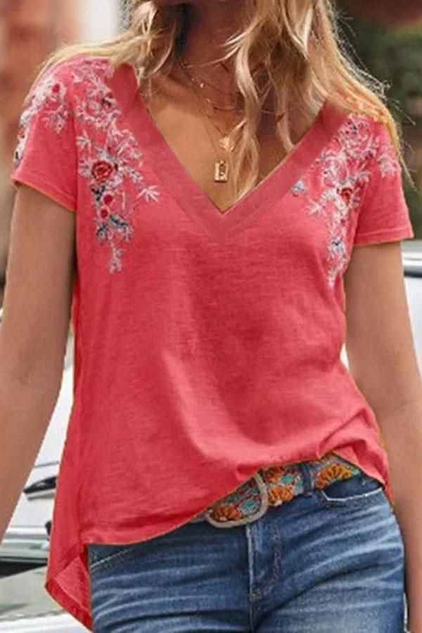 Floral Embroidery V-neck Casual T-shirt