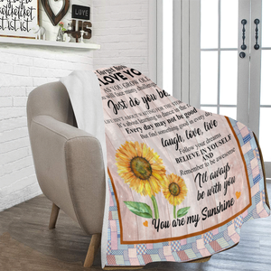 To My Granddaughter You Are My Sunshine Sunflower Ultra Soft Cozy Plush Fleece Blanket