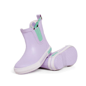 100% waterproof rubber gumboots for toddlers and children. Elasticised sides make them easy to pull on and off. Toe guard for added durability. The perfect baby or toddler shoe / gumboot