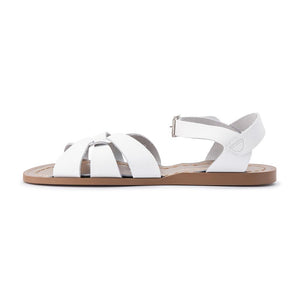 With hand-stitched, scuff-resistant genuine leather uppers and non-slip moulded rubber soles and rustproof buckles, this sandal is  designed to stand the test of time. Great for wearing both in and out of the water, they're  also a breeze to clean. A true classic, adored worldwide. Adult sizes.