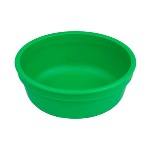 These colourful bowls are perfect for soups, snacks and cereal. This deep bowl can hold enough food for even the hungriest toddler. Not only are they better for your child, they are better for your environment! USA FDA-approved recycled plastic. Dishwasher safe. Perfect size for toddlers.