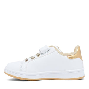 Karl – Infant/toddler's self-fastening cage toe sandal. This classic sandal is crafted with a genuine leather upper and synthetic lining. The self-fastening strap allows for an adjustable fit and easy on and off wear, while the TPR sole unit is lightweight, provides grip and flexibility for those first steps.