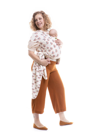 The Boba Wrap is intended for babies from birth to 16kg. Tie the material against your body and achieve a perfect fit every time. 2-way stretch fabric, which means it stretches both around you and your baby and across the wrap. The Boba Wrap will fit all adults perfectly. Designed to be worn with legs out from birth.