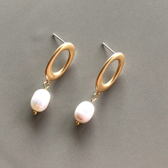 Mila Gold Pearl Drop Earrings