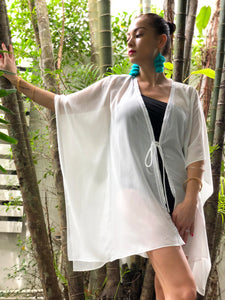 Neris Kaftan in White