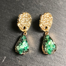 Load image into Gallery viewer, Istas Natural Druzy Earrings