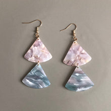 Load image into Gallery viewer, Milu Resin Earrings