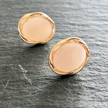 Load image into Gallery viewer, Raquelle Stud Earrings