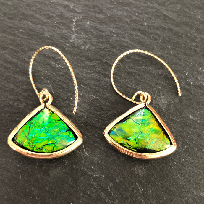 Paloma Drop Earrings in Green Pearlescence