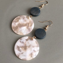 Load image into Gallery viewer, Tatiana Resin Earring