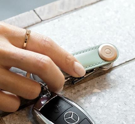 OrbitKey 2.0 Leather Juniper