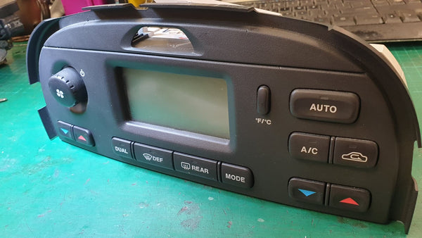 Jaguar S-type 2003 to 2005 AC Climate Control Panel  2R8H18C612BN