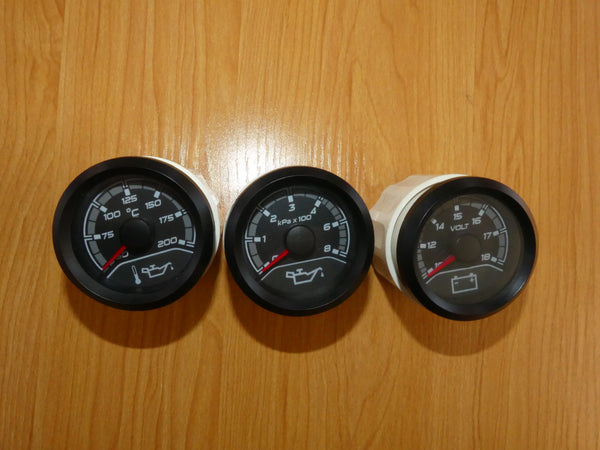 VF Club Sport  Center Gauges