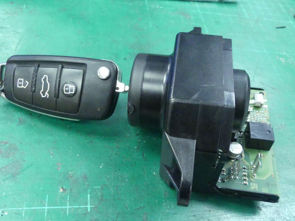 AUDI A6 4F Q7  Ignition Switch