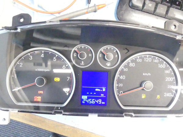 Hyundai I30 Instrument cluster  Repair  - Center LCD Flicker