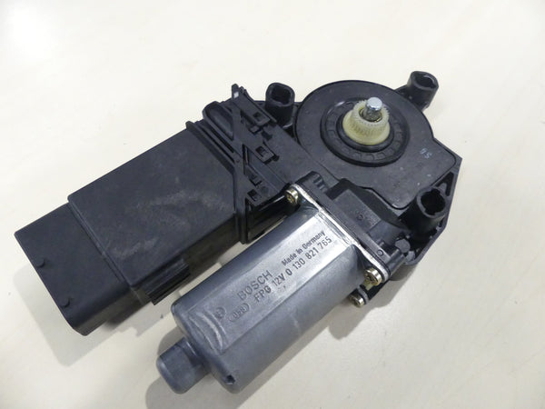 Volkswagen VW Beetle  Window Controller / Motor  Intermittent   1Y2 959 802