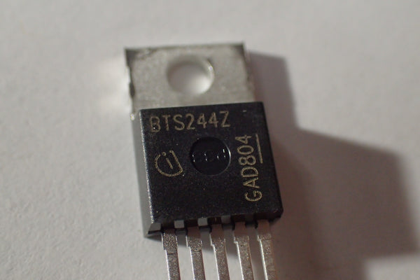 BTS244Z, N channel Mosfet, 26A 55V, with temp sensor, TO-220-5