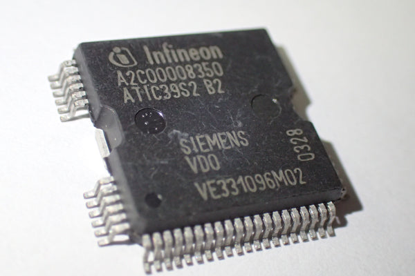 A2C00008350 ATIC39S2 B2 Seimens VDO VE331096M02, Fuel Injection Driver IC, QFP-64