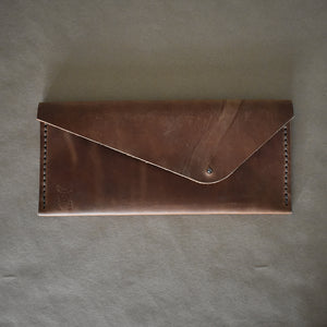 Linton Clutch | Light Brown