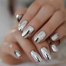 Load image into Gallery viewer, Oval Silver Mirror Faux Ongle Nail Tip
