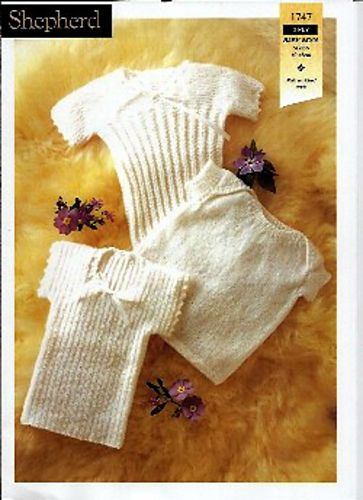 Plain or Ribbed Baby Vests Knitting Patterns