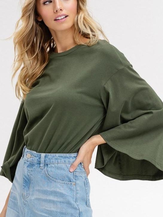 Listicle bell sleeve tee