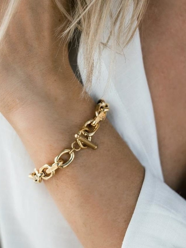 Ellie Vail-Maddox Toggle Chain Bracelet