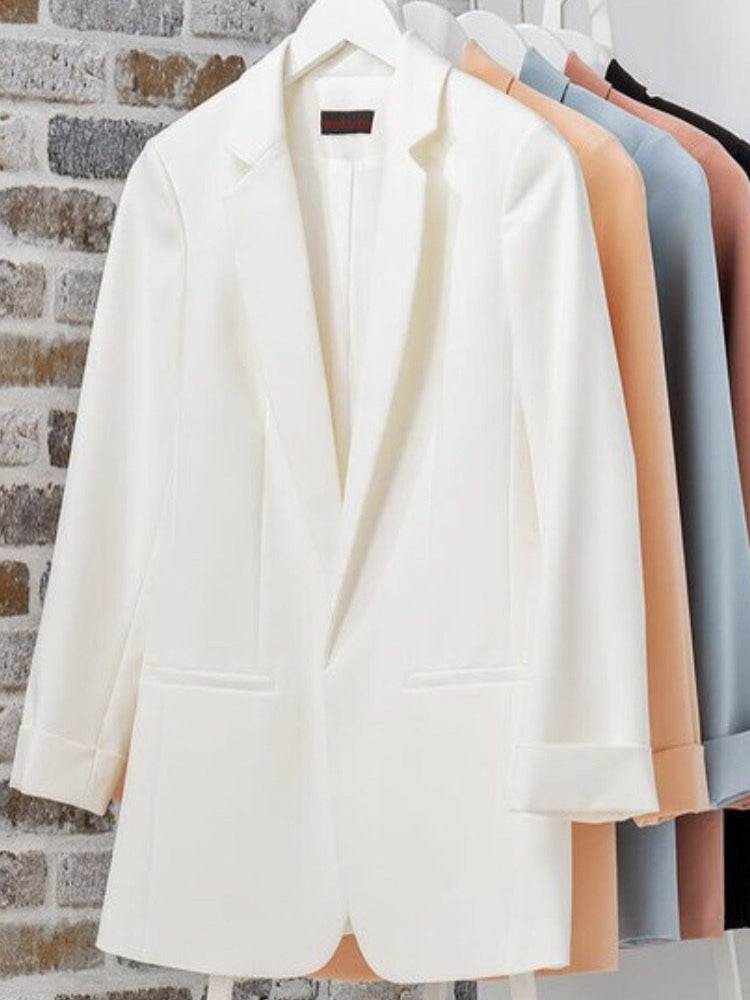 Bailey blazer is crisp white